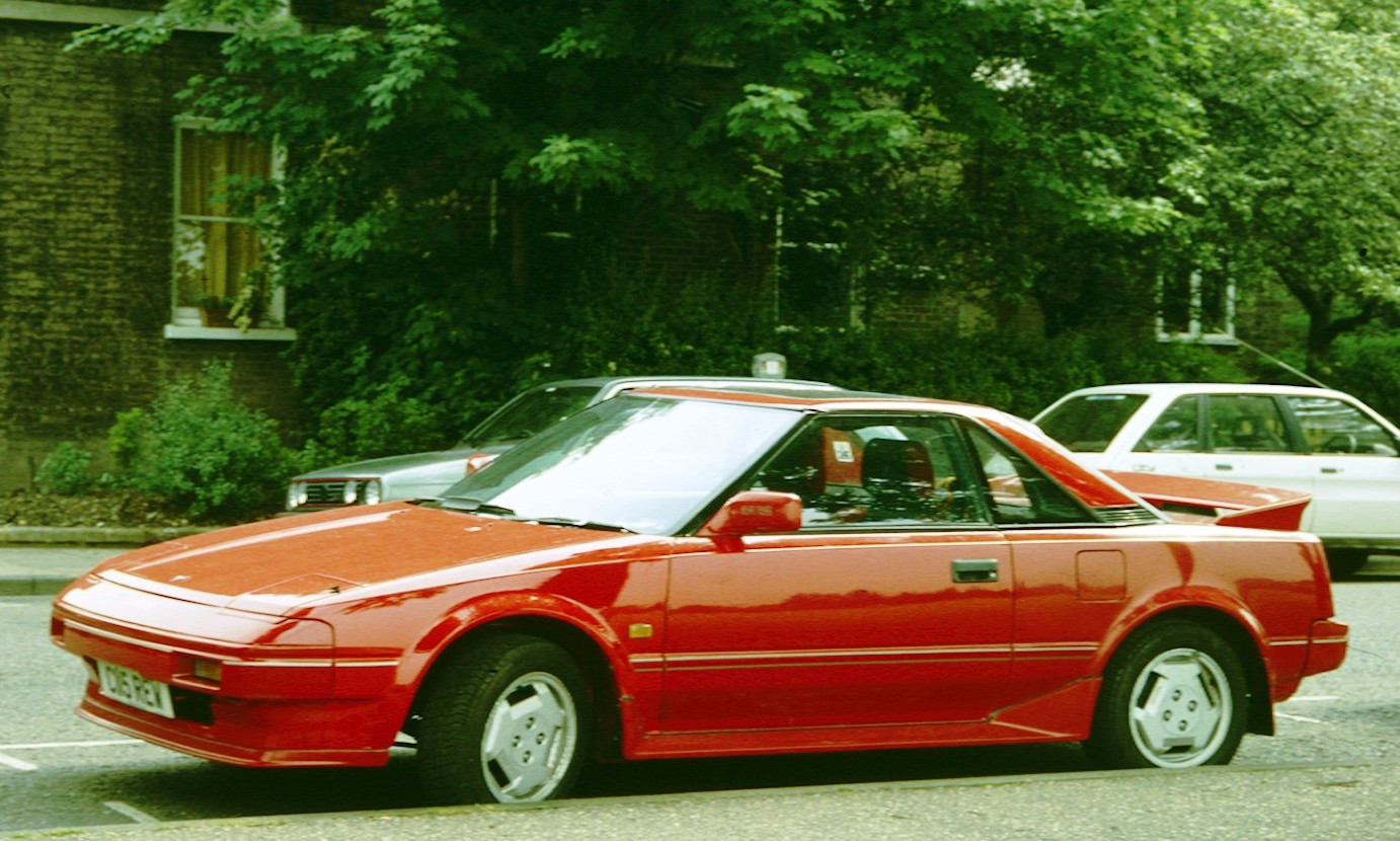 Toyota_MR2_AW11_1986